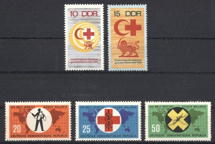 Stamps with Red Cross from World (image for product #034467)